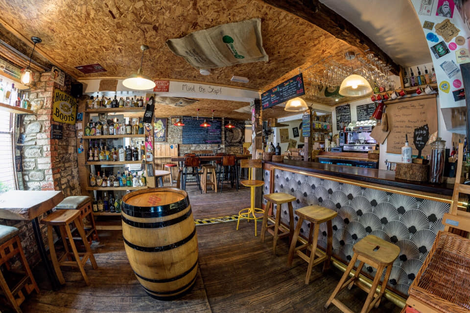Meet the Distillers at Ginhaus Llandeilo on Sunday, 23rd of December  from noon until 14.30